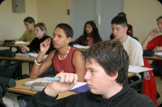 Les Jeunes en Classe